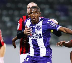 Issa Diop na celowniku FC Porto